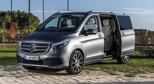 die neue mercedes benz v klasse und marco polo sitges spanien 2019the new mercedes benz v class. Black Bedroom Furniture Sets. Home Design Ideas